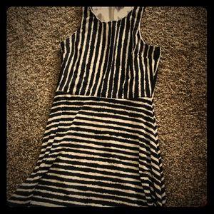 H&M dress black white stripes